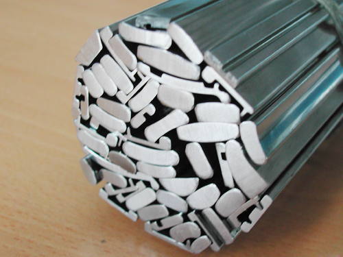 Stainless steel pulling material